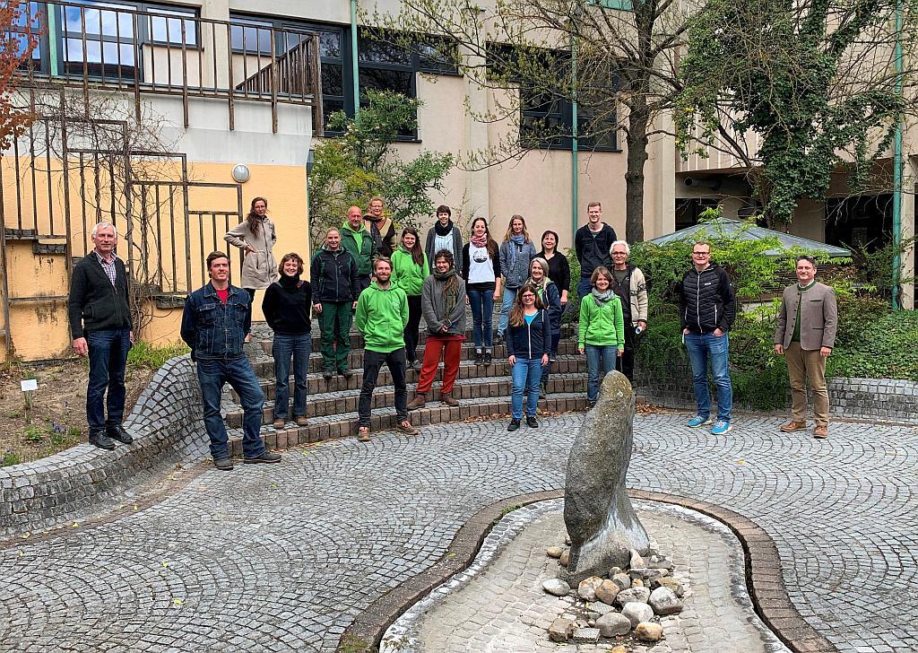 Foto: Die TeilnehmerInnen der Gärtnerinnen- und Gärtnerschule der Gartenbauschule Langenlois. Fotograf: Christian Denner